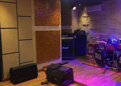 pemasangan-bad-diffuser-panel-akustik-studio-musik