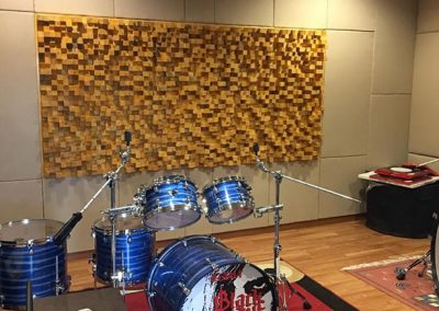pemasangan-panel-akustik-skyline-diffuser-studio-musik