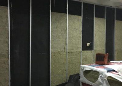 peredam suara ruangan studio tv