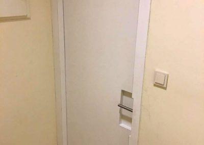 pintu-peredam-suara-warna-putih