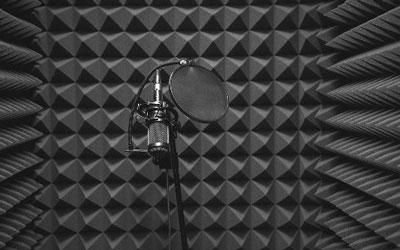 Pembuatan Peredam Suara Akustik Studio Untuk Konten Youtube
