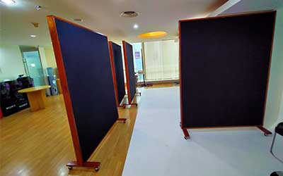 Pemasangan Moveable Acoustics Absorber Panel PT. Sony Indonesia