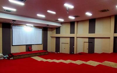 Pemasangan Panel Akustik Absorber pada Auditorium POLTEKES KEMENKES RI – Bekasi